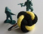 Radioactive - Hair clip in Yellow and Black