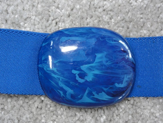 Vintage 80s Blue Plastic Buckle Elastic Cinch Belt- Adjustable Length