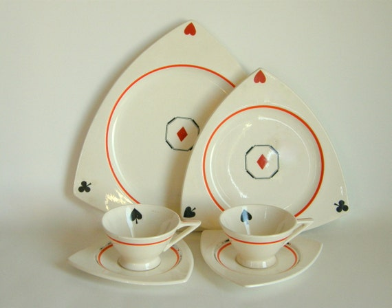 Vintage Snack Set: Salem Tricorne Plates & Streamline Cups in Creamsicle/Platinum and Custom Playing Card Suits