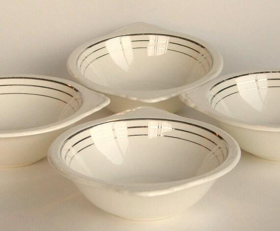Vintage Salem Saphire Tabbed Bowls: Mid-Century, Creamy White w/ Platinum Streamlines, Set of 4