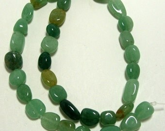 Strand of Medium Size Pebbles Aventurine Gemstones (269)