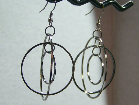 Orbit Earrings Gunmetal (E-77)