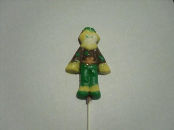 A dozen scarecrow pops