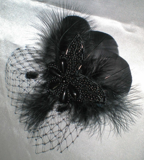 Feathered Hair Fascinator in Black, Bridal Hair Accessories, Gothic Bride, Prom, Party