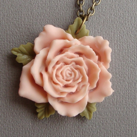 Rose necklace in Soft Salmon Pink