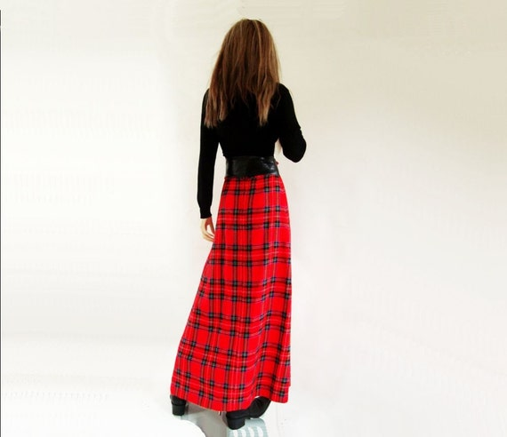 SALE: 70s Maxi Skirt 1970s Vintage Red Plaid Skirt xs