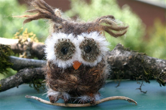 Brown Baby Owl ... (woolcrazy)