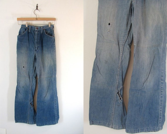 vintage beat up distressed Wrangler denim boyfriend jeans teen size 13 / 14