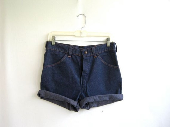 vintage high waisted dark blue Big Yanks women's shorts MEDIUM