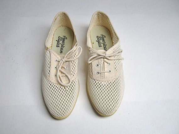 80s off white cut out see through tennis shoes 6.5