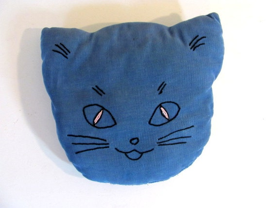 Vintage cat pillow