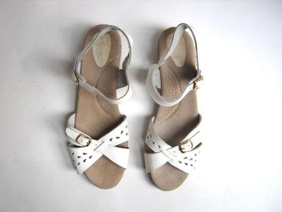 vintage 80s white leather peep toe sandals 8