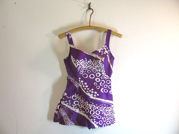 vintage fabulous one piece purple and white JANTZEN swimsuit w skirt