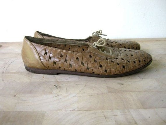 vintage 80s brown leather woven oxford flats shoes