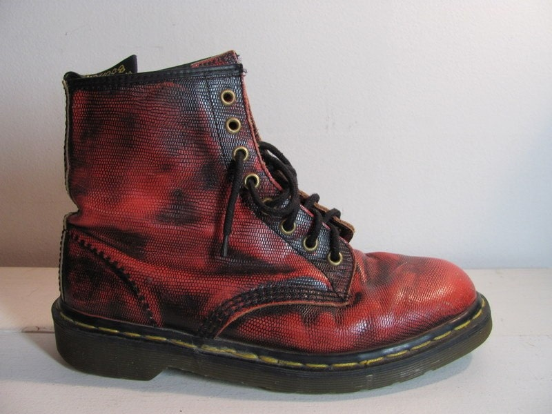 Vintage red and black 8 hole doc martens