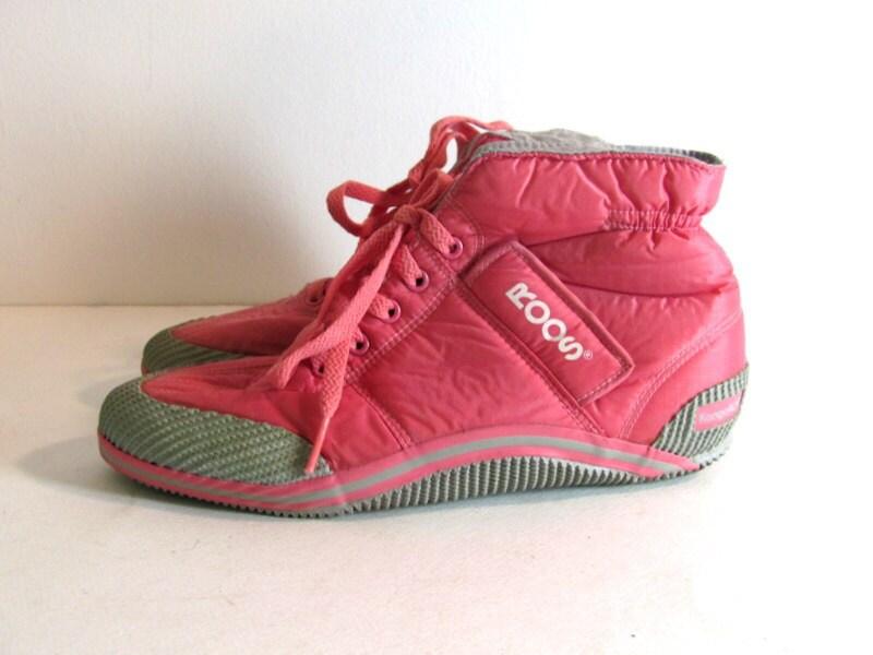vintage 80s pink high tops kangaroos roos lace up tennis shoes