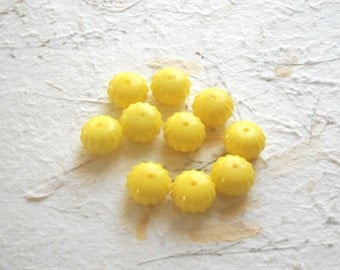 Vintage Beads - 10  Lucite Plastic Bright Yellow Detailed Beads