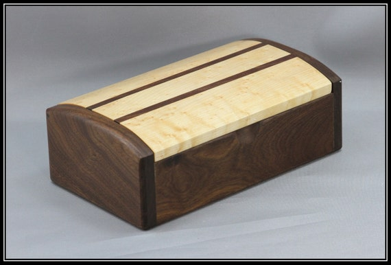 Walnut & Birdseye Maple Keepsake / Jewelry Box