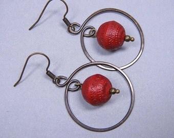Hoop Earrings - Red Patterned Drops in Brass (E-371)