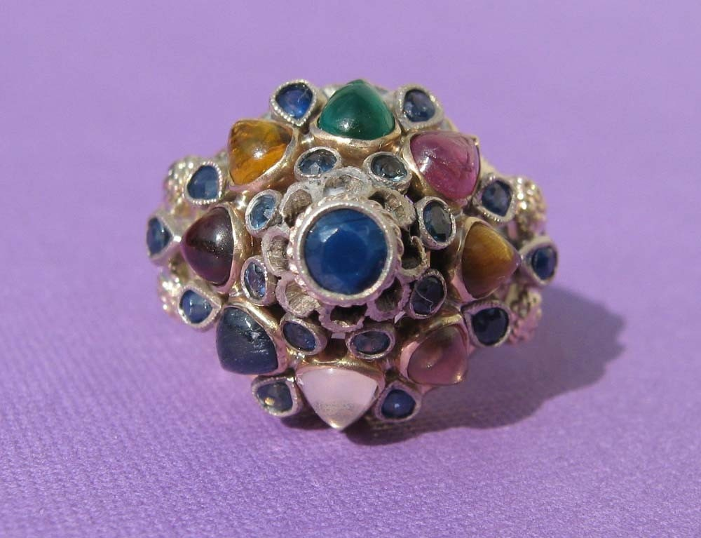 vintage noppakao 9 gem thai princess ring 16k gold and