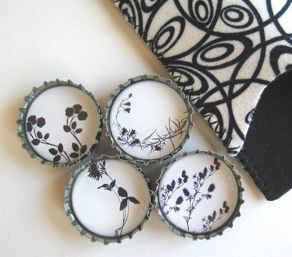 Black and White Wild Flowers- Up-Cycled Bottlecap Magnets with Gift Pouch- Set of 4- Recycled and Eco-Friendly