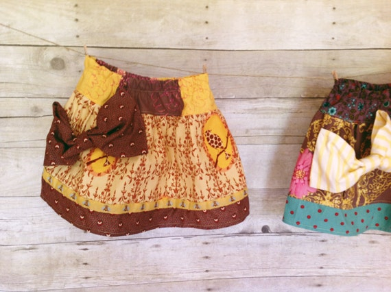SALE  Little Bo Peep Skirt - 3T // Girls' skirt with oversize bow, sunny bee trim