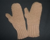Vintage Womens Cream Knitted Mittens