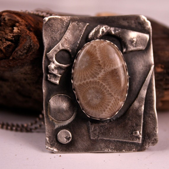 Petoskey Stone Pendant, Petoskey Stone Jewelry, Michigan Jewelry, Free Shipping, Stone Pendant