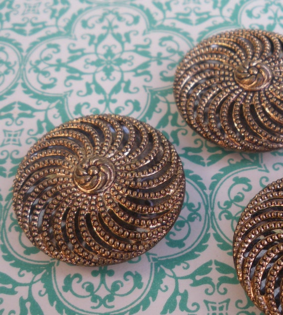 Vintage Buttons Gold Metal Swirl Buttons Filigree Type - 1 inch diameter - set of 3 gold buttons