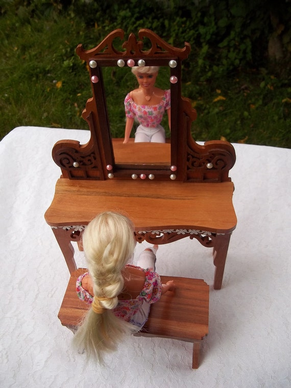 Barbie or Blythe vanity and bench