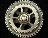 Steampunk Gear Spinner Pewter Shank Button | Steam Punk Button | Vintage Button | Metal Button | 1 1/4 Inch (32 mm) | Treasure Cast Pewter