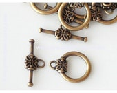Clasp, Antique Gold 16x14mm Toggle With Flower