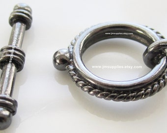 Toggle Clasp, Gunmetal 18mm Double Sided Twisted Rope Round