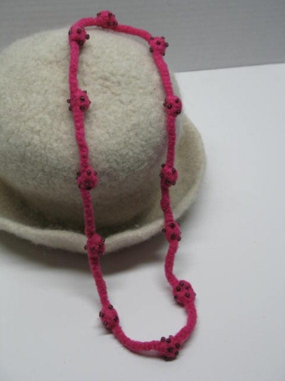 Felted Wool Necklace - Hot Pink Wool and Purple Beads, Crochet Wool Jewelry, Crochet Jewelry, Felt, Hot Pink, Purple Seed Beads