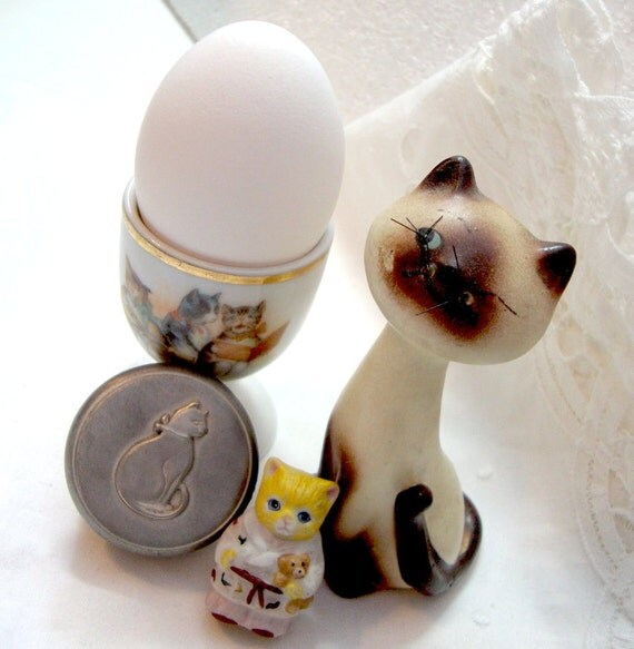 Vintage Kitty Cat Collection - Egg Cup - Siamese - Finger Puppet - Pewter Pill Box