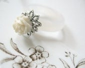 CLEARANCE  Vintage Rose Shell Ring