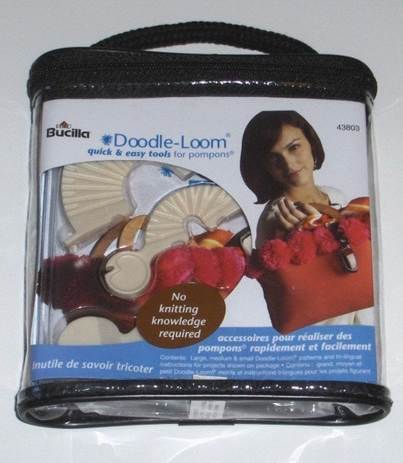DOODLE LOOM MAKEs 1.5 TO 4 INCH POMPOMS \/ WITH PATTERNS FOR FUN PROJECTS\/ GREAT FOR EMBELLISHMENTS