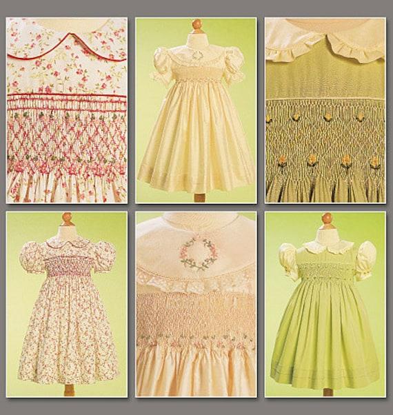 SMOCKED DRESS PATTERN / Toddler-Child Sizes 5 to 6X / Vogue