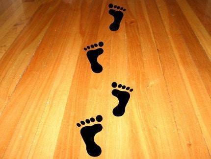 Vinyl decals feet for your floor for Hardwood floors hurt feet