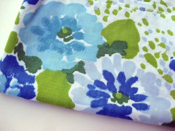Vintage Fabric Fat Quarter - Blues and Greens - LAST TWO
