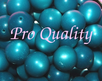 Vintage 18 Turquoise Moonglow 13.5MM LUCITE Beads  H5L