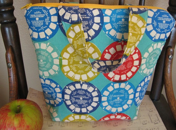 Retro reusable Insulated Lunch Bag / lunch Tote / View Master-eco green