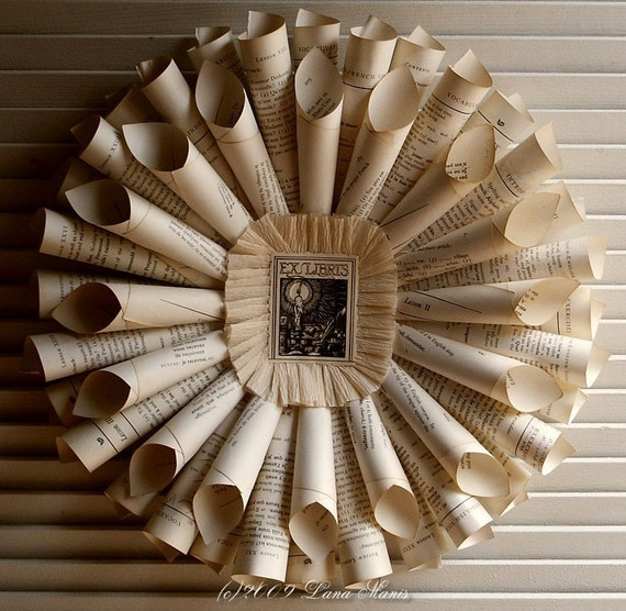 VINTAGE IVORY FRENCH TEXT PAPER WREATH SCULPTURE cssteam MTO