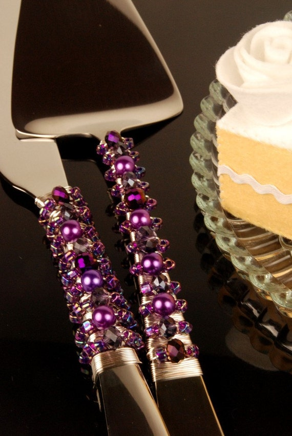 grape purple wedding cake server and knife handmade by the. Black Bedroom Furniture Sets. Home Design Ideas