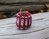 Holiday Hemp Dread Bead in Red and White