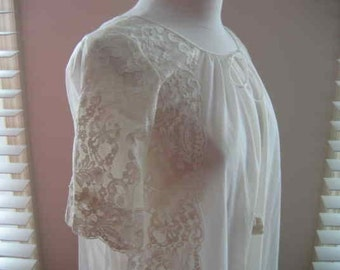 Sweet Vintage Sheer Ivory Chiffon Peignoir with Lace Details