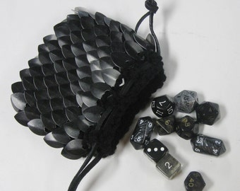 Scalemail Dice Bag in Dragonhide Knitted Armor Black Lich King