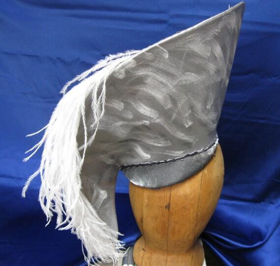 Breaking Waves Avant Garde Hat