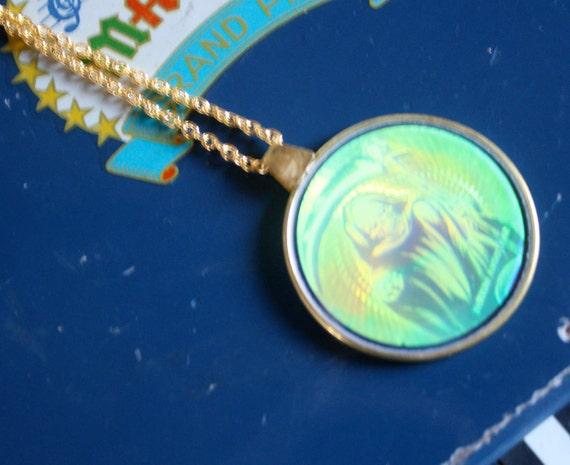"""1 left- Vtg GRIM REAPER 90s Glass Hologram 24"""" gold plated Necklace"""