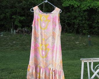 Vintage RICCI Original 1960 Hippie Dress Pink Paisley